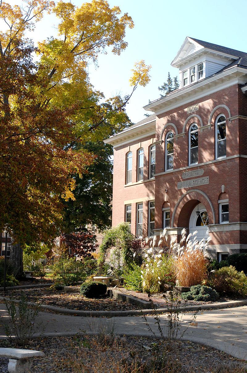 central-college-undergraduate-psychology-midwest